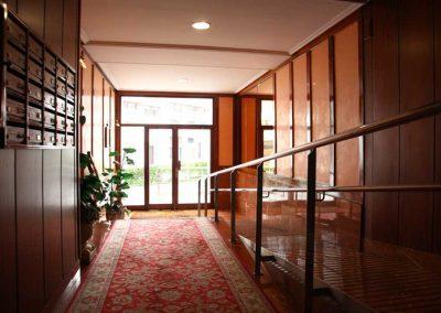 Portal reformado, interior